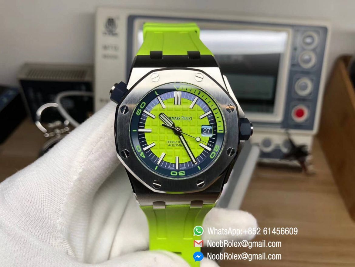 AP Royal Oak Offshore Diver Watch 15710 Green Theme Green Dial Steel Case on XS Rubber Strap A3120 JF Top Clone Best Edition 01
