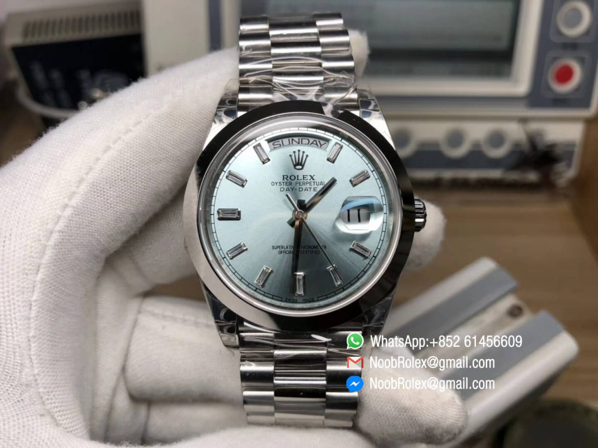 Day Date II Stainless Steel Polished Bezel Ice Blue Dial Crystal Markers on Steel Bracelet A3255 Same Serials Card Top Quality Replica Best Edition 01