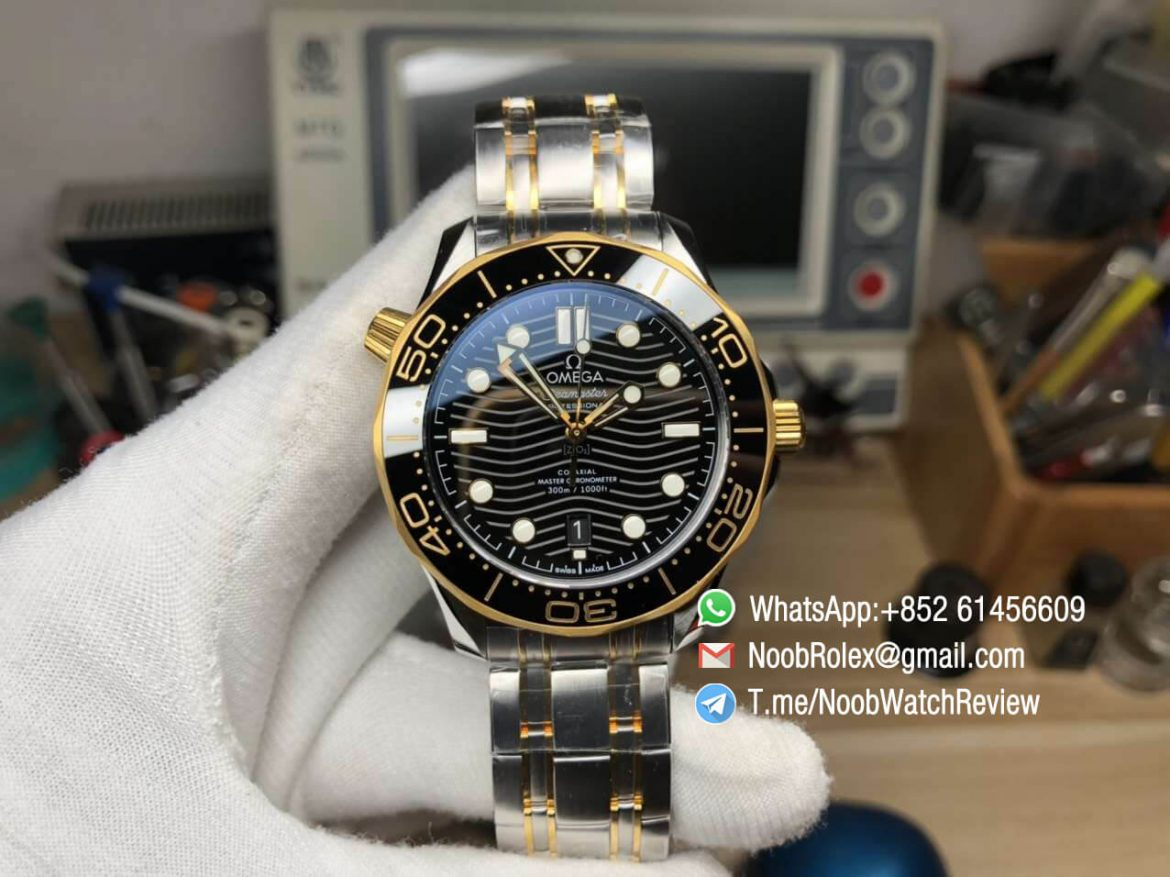 VS Factory 2018 Seamaster Diver 300M Steel Case Yellow Gold Bezel Black Wave Textured Dial on Two Tone Bracelet A8800 01