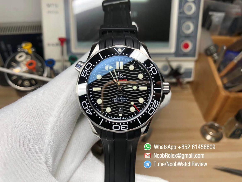 VSF V2 2018 Seamaster Diver 300M Black Ceramic Black Dial Wavy Textured on Black Rubber Strap A8800 Black Balance Wheel 01