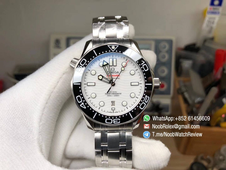 VSF 2019 Omega Seamaster Diver 300M Stell Case Bracelet Black Bezel White Wave Textured Dial Super Clone Asian 8800 Movement 01
