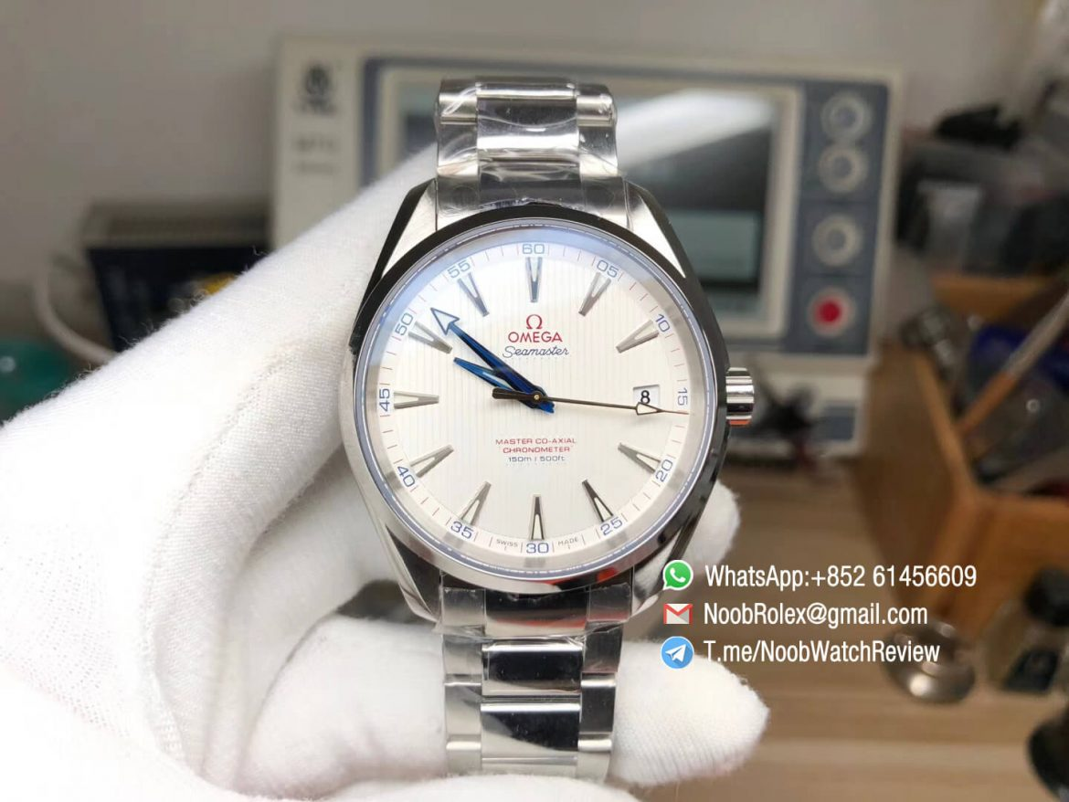 VSF Omega Seamaster Aqua Terra 150M Steel Case White Textured Dial Blue Hands on Steel Bracelet A8500 Super Clone Movement 01