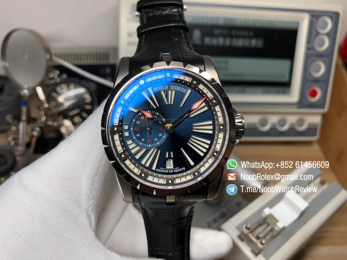TBF Top Quality Replica Roger Dubuis Excalibur DBEX0543 Blue Dial with Roman Markers Caliber RD640 01