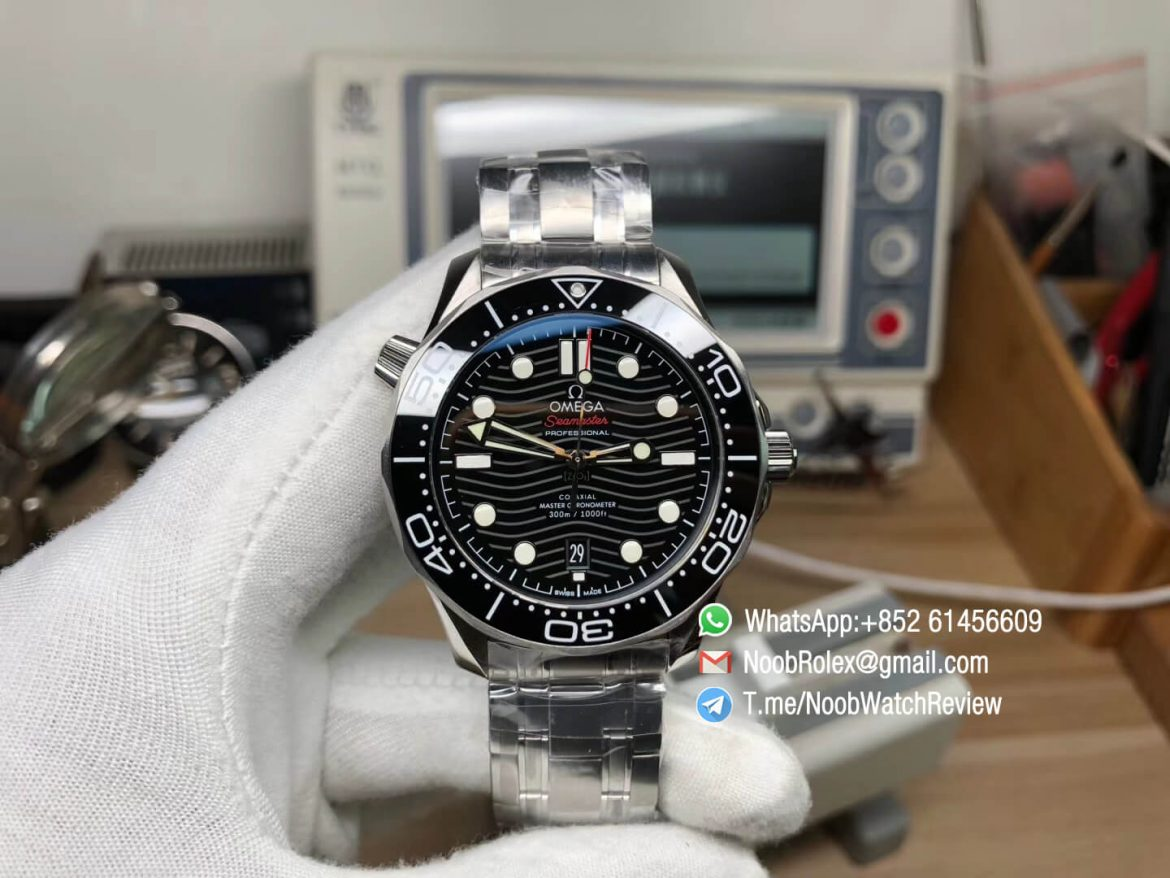 2018 Omega Seamaster Diver 300M Black Ceramic Black Dial on Steel Case Bracelet A8800 with Black Balance Wheel VSF V2 01